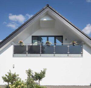 Bacher und Partner GmbH Malergeschäft I Impressionen I Brillux I Fassadenanstrich